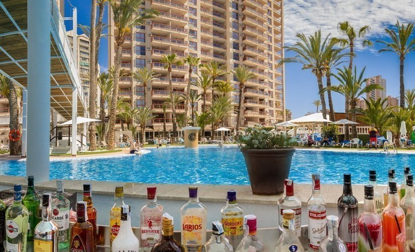 'cayo coco' bar apparthôtel magic tropical splash benidorm