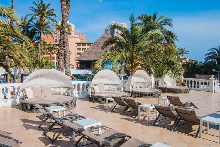 Chillout apparthôtel magic tropical splash benidorm
