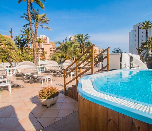 Zones rÉservÉes aux adultes apparthôtel magic tropical splash benidorm